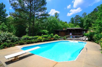 luxury-residential-pool-in-ct